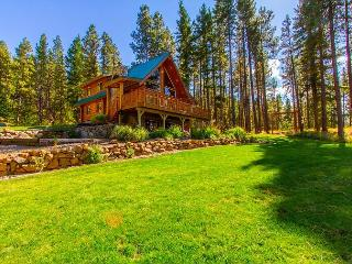 Spring - Summer Specials! Picturesque Log Cabin on 5 Private Acres!  5BR|3BA! - Cle Elum vacation rentals