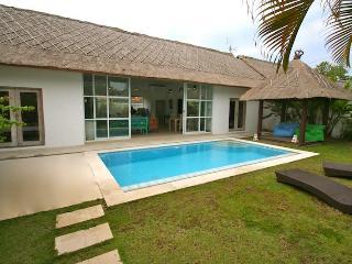 Stylish Deco Villa Marwan with Welcome Breakfast - Seminyak vacation rentals