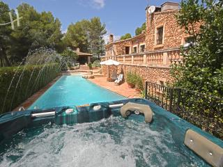 Lovely villa in Costa de los Pinos - Cala Millor vacation rentals