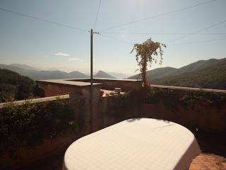 Apartment W/Private Terrace Garden/Mountain vie - Cava De' Tirreni vacation rentals