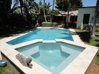 Centally Located and Updated Private Updated Oasis - Fort Lauderdale vacation rentals