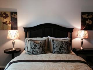 Ideal Centrally Located Condo In South Coast Metro - Costa Mesa vacation rentals