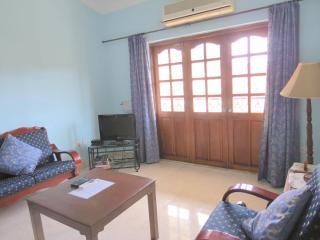 28) 2 Bed Apartment  Calangute + WiFi - Calangute vacation rentals