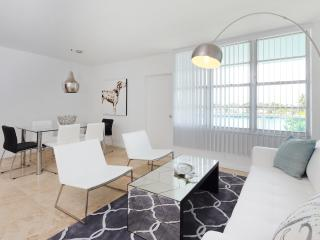 Modern 3 Bedroom Beachfront Apartment - Miami vacation rentals