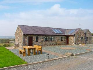 GOLDFINCH, all ground floor, communal games room, superb on-site facilities, in Newborough, Ref 915447 - Dwyran vacation rentals
