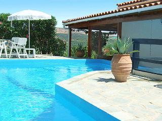 FAMILY VILLA WITH PRIVATE POOL NEAR THE BEACH - Crete vacation rentals