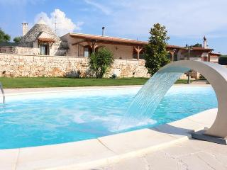 Villa Luna With Swimming Pool - Noci vacation rentals