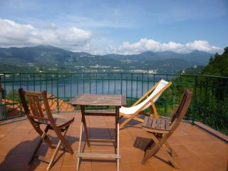Attico con terrazza - Orta San Giulio vacation rentals