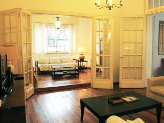 Beautiful and big house in Cramer and Virrey del Pino - Belgrano (258BE) - Buenos Aires vacation rentals