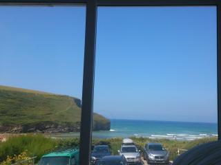 Seaview house, mawgan porth, nr Watergate Bay - Saint Issey vacation rentals