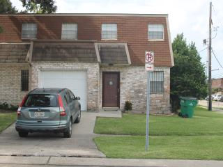 Spacious Living - Metairie townhouse with 3 large - Louisiana vacation rentals