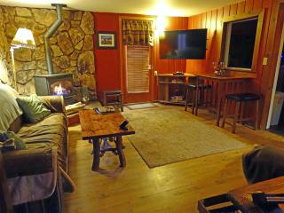 A Little Piece of Heaven(ly) SPRING SPECIAL $99 - South Lake Tahoe vacation rentals