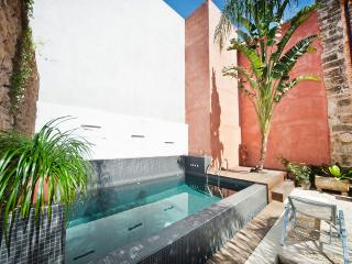 Casa Muralla: town villa in Alcudia, private pool - Alaro vacation rentals