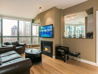 Sunny & Spacious 900SQ 3Bd 2 Bath Downtown Netflix - Vancouver vacation rentals