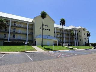 Spacious 3 bedroom 3 bath condo with ocean view! - Port Aransas vacation rentals