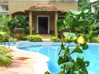 Elegant Spacious Villa - Aldeia Serenia - Dona Paula vacation rentals