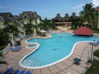 2 Bed apartment/condo  Mystic ridge Resort Hotel - Saint Ann's Bay vacation rentals