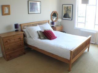 Wick Hall One bed apt, sleep 4 with great views - Hove vacation rentals