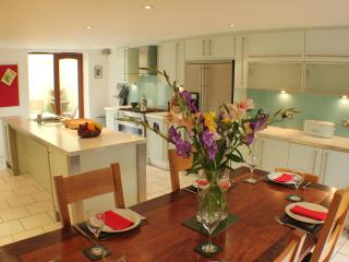 Sillwood Road - Great house for entertaining - Brighton vacation rentals