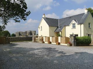 Five Star Holiday Cottage - Gate Cottage, Carew - Manorbier vacation rentals