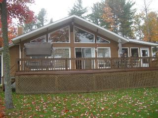 Chalet des Pins Blancs - Ottawa vacation rentals