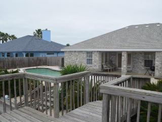 3 BED/2 BATH SLEEPS 6 WATERFRONT HOME MONTHLY RENTAL - Corpus Christi vacation rentals