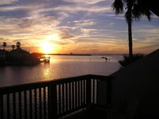 PUENTE VISTA UNIT 236 Waterfront condo, boat slip, near beach, great fishing! - Corpus Christi vacation rentals
