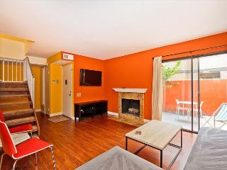 CLOSEST TO DISNEYLAND! 3 Bedroom Newly Remodeled Anaheim Beauty - Anaheim vacation rentals