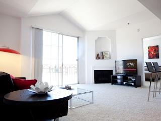 Experience the Beauty of Miracle Mile - West Hollywood vacation rentals