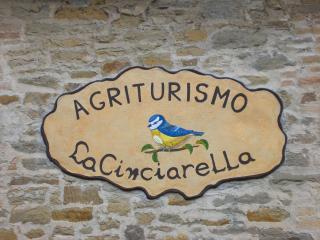 Agriturismo La Cinciarella - Montone vacation rentals