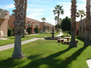 Oasis with pool and A/C, minutes from lake - Lake Havasu City vacation rentals