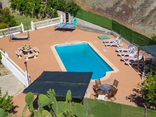 Casa Elanor- Villa, private pool with poolside bar - Carratraca vacation rentals