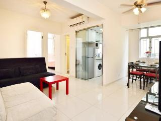 Vacation Rental Near Causeway and Convention Center in Hong Kong - Hong Kong vacation rentals