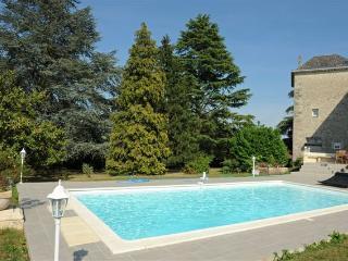 Château Villotte, gîte la tour des cabernets - Rauzan vacation rentals