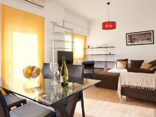 731 - Eixample Left Apartment - L'Hospitalet de Llobregat vacation rentals
