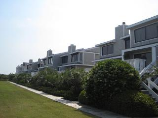 Station One-TH5 Winstead-Oceanfront townhouse; community pool, tennis, beach - Wrightsville Beach vacation rentals