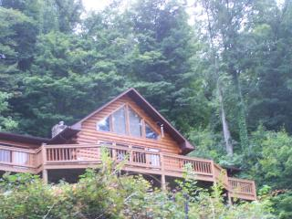 Log home with a beautiful view - Bristol vacation rentals
