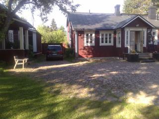 1800's Townhouse - Ruotsinpyhtaa vacation rentals