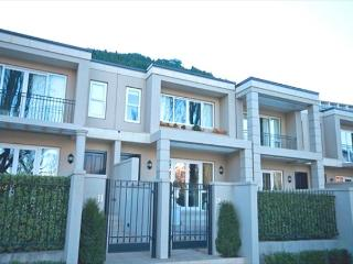 Esplanade Residences 12 - Queenstown vacation rentals