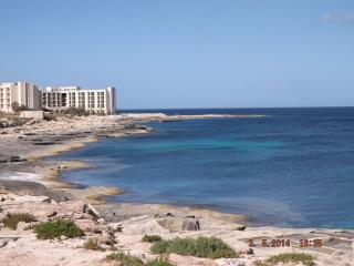 Luxury Modern 3Bedroom SeaView Apt + FreeWIFI - Malta vacation rentals