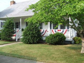 Nana's Place - Fries vacation rentals