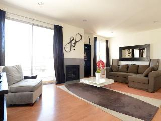 New Clark Unit! - Hollywood vacation rentals