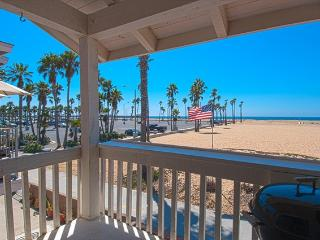 414 B East Oceanfront- Upper 2 Bedrooms 2 Baths - Newport Beach vacation rentals