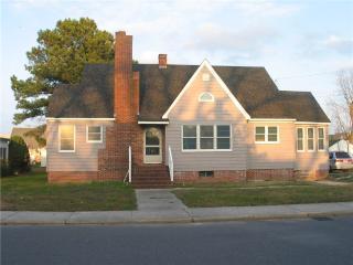 Poppy's House - Chincoteague Island vacation rentals