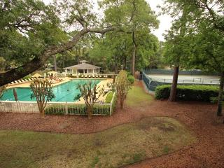 Fiddler's Cove, 25D - Hilton Head vacation rentals