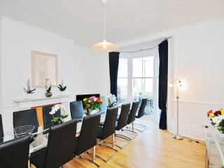 TOWN HOUSE Beach Luxury Group Breaks Brighton Hove - Brighton vacation rentals