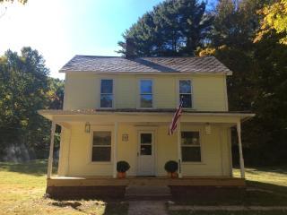 1st Choice Cabin - Laurel Run - Hocking Hills Ohio - Logan vacation rentals