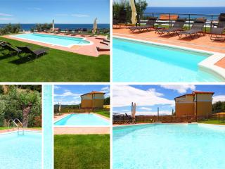 Villa il Poggiolo - ViP Panorama apartment - Pool - Liguria vacation rentals