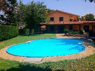 Holiday villa with pool near Rome - Morlupo vacation rentals