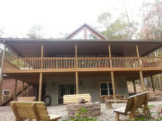 Chocolate Moose Chalet Lake Raystown Slp 20-5 Bdrm - Huntingdon vacation rentals